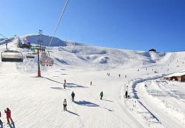 Almenwelt Lofer-Winter_1_Skilift-Alm